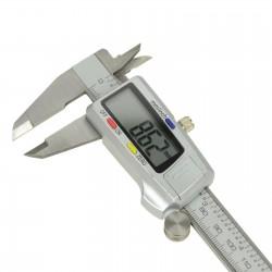 Pie de rey digital 150 mm.
